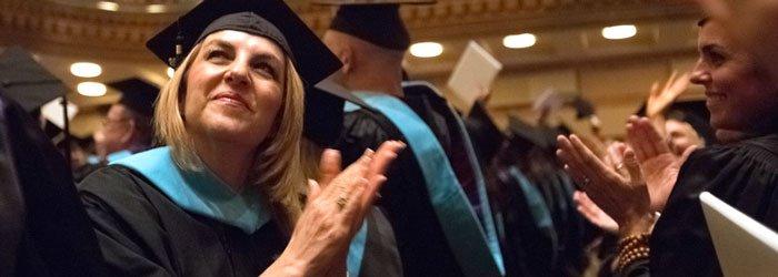 usm_graduates_clapping-1